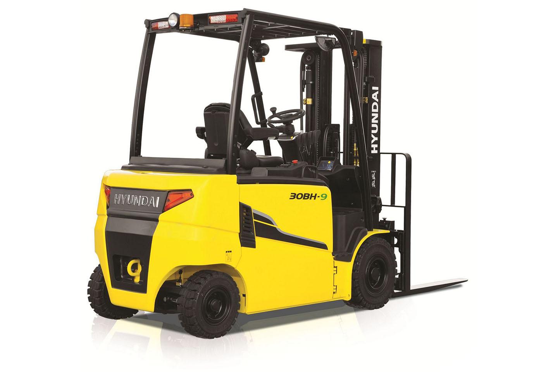 Wózek elektryczny Hyundai 2200 2500 3000 3500 Kg 80V  01 1
