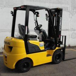 wozki-widlowe-hyundai-diesel--1500-1750-2000kg-seria-7-004