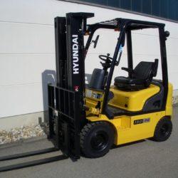 wozki-widlowe-hyundai-diesel--1500-1750-2000kg-seria-7-005