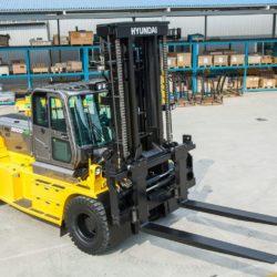 wozki-widlowe-hyundai-diesel--16000kg-008