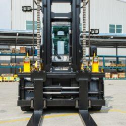 wozki-widlowe-hyundai-diesel--16000kg-011