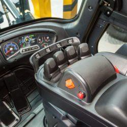 wozki-widlowe-hyundai-diesel--16000kg-021