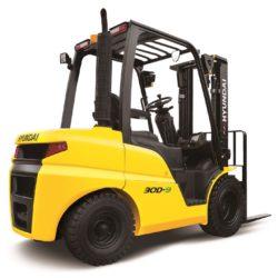 wozki-widlowe-hyundai-diesel--2500-3000-3300-3500kg-001