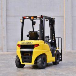 wozki-widlowe-hyundai-diesel--2500-3000-3300-3500kg-004