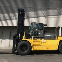 wozki-widlowe-hyundai-diesel--25000kg-007