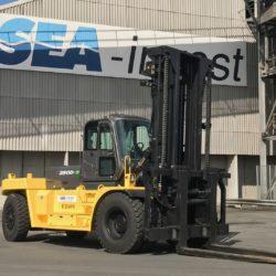 wozki-widlowe-hyundai-diesel--25000kg-008