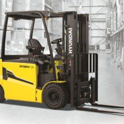 wozki-widlowe-hyundai-elektryczne--2200-2500-3000-3500kg-80V-003