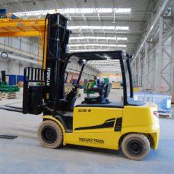 wozki-widlowe-hyundai-elektryczne--4000-4500-5000kg-80V-008