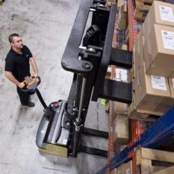 wozki-widlowe-hyundai-technika-magazynowa--1000-1200-1500kg-podnosnikowe-005