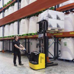 wozki-widlowe-hyundai-technika-magazynowa--1000-1200-1500kg-podnosnikowe-008